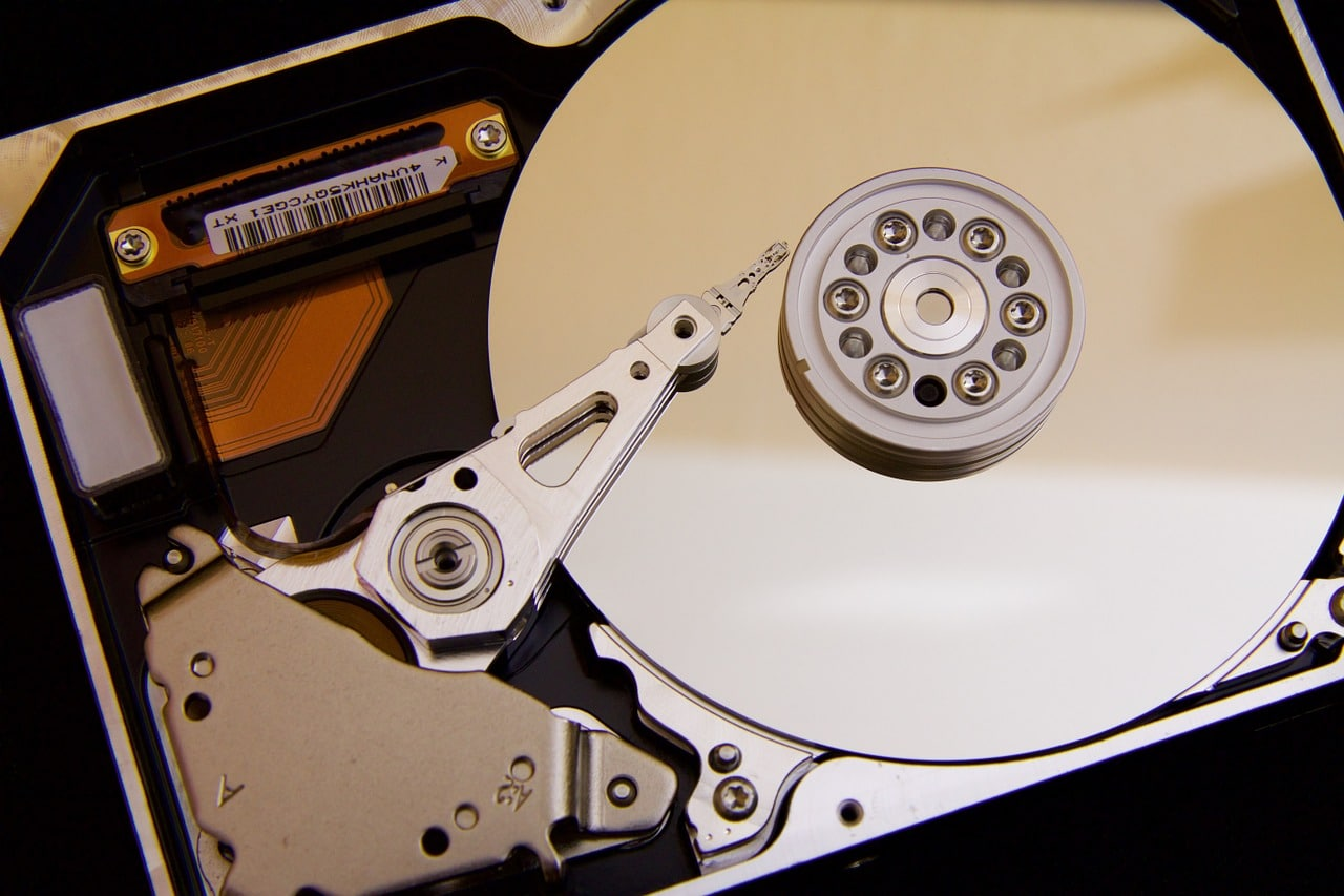Why You Should Call in The Pros for Proper Hard Drive Disposal